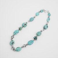 Collar turquesa persa oval y plata