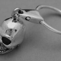 llavero calavera de plata