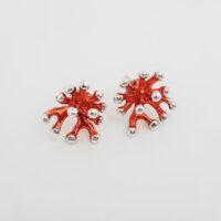 pendiente presion en plata esmalte rojo forma de coral