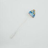 Broche de aguja de menina en plata con esmalte zul